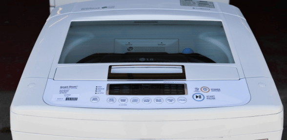 high efficiency washer use less water?